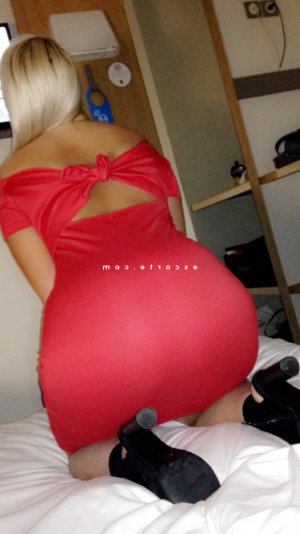 Nathalya lovesita escorte girl à Albi